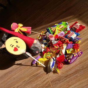 پک کادویی شکلات و عروسک